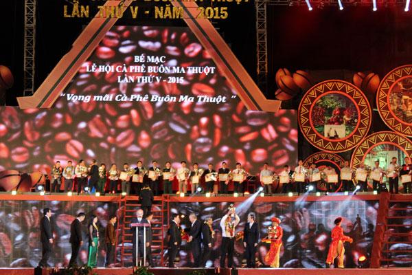 le-hoi-festival-ca-phe-lan-thu-v-buon-ma-thuot--thang-3-2015-60